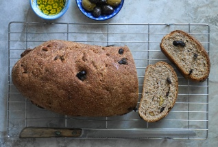 Olive bread3